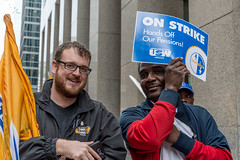 20170428_USW_Solidarity_Demonstration_Toronto_393.jpg (United Steelworkers - Metallos) Tags: manifestation demonstration usw d5 metallos union district5 syndicat glencore cezinc demo stockexchange toronto canlab