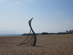 Viking longship sculpture at Hastings (Hastings Walker) Tags: viking longship sculpture beach sea pier hastings sussex