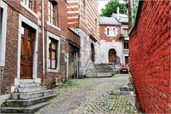 Rue Volière, à gauche église Saint-Roch, Liège, Belgium (claude lina) Tags: claudelina belgium belgique provincedeliège liège canon