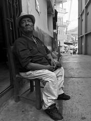 Don (Oso_mayor) Tags: bnw portrait street blancoynegro monochrome blackandwhite blackwhite monocromático