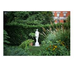 Dame blanche (slow paths images) Tags: paris france europe jardin jardindesplantes green garden park statue white dameblanche trees slowpahsimages