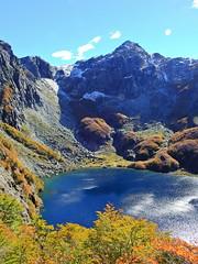 Laguna de Arriba (Mono Andes) Tags: andes chile chilecentral regióndelosríos otoño carirriñe