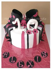 alexis (The Whole Cake and Caboodle ( lisa )) Tags: pink white black cakes cake bow present parcel whangarei caboodle