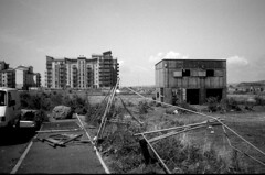Granton in transition (Miocene) Tags: edinburgh waterfront demolition d76 yuppieflats granton chinon35ee luckyshd100