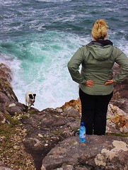 'And where did you think you were going?' (MagzMac) Tags: seascape jackrussell isleofharris hushinish