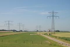 150 kV en 380 kV lijnen (tomborger) Tags: pylon 150 kv hoogspanningsmast strommast hoogspanningsleiding
