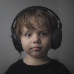 5 (Luis Figuer) Tags: portrait one retrato softbox strobe kidportrait strobist onestrobe luisvillegas luisfiguer