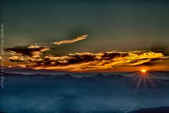 Fire in the sky, cold winter on earth (Liber Mutus) Tags: bizkaia fireinthesky pasvasco oiz 2013 lucassantosbellido coldwinteronearth