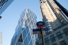 New York City (Edi Bähler) Tags: building perspective structure highrise bauwerk gebäude perspektive hochhaus fujifilmxe1 xf1855mmf284rlmois hearsttowernewyorklm