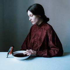 (laura makabresku) Tags: laura makabresku photography minimalism bird women pale red