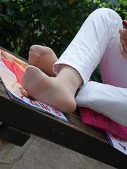 Candid feet from China (224) (Candid 100%) Tags: asian candid feet nylon pantyhose chinese china shoeplay dangling dipping toes soles foot shoes ballet flats high heels pumps sandals külotlu çorap ayak füsse strumpfhose калготкі чорапогащник pantis punčocháče strømpebukser sukkpüksid sukkahousut collants media calza καλσόν harisnyanadrág パンティーストッキング 팬티 스타킹 zeķbikses pėdkelnės جوراب شلواری rajstopy meiacalça ciorapi колготки унихоп pančucháče hlačne nogavice strumpbyxor קאָלגאָטקעס broekiekס