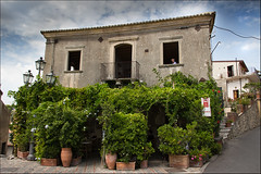 Bar Vitelli (Les Cornwell Photos) Tags: savoca sicily italy godfather vitelli barvitelli thegodfather corleone