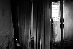 Elci Abandoned Manor (IИDЯID ČФLD) Tags: elci manor feudo abandoned abbandonato urbex urbanexploration canon300d esplorazione esplorazioneurbana feudodelci toscana tuscany decay rust ruggine ruins rovine