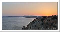 Puesta de sol en El Algarve (Lourdes S.C.) Tags: puestadesol ocaso atardecer costa costaatlántica elalgarve acantilados portugal