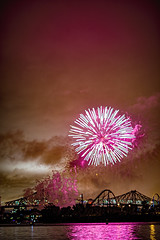 C58R3035 (Nick Kozub) Tags: big bang fireworks canada loto quebec international competition 2016 canon eos 1dx ef 85 f12 ii l usm explosive projectile burst water jackson pollock nocturnal night reflection festival la ronde summer the wild west