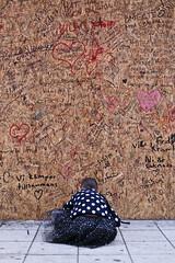 (Christine H.C. Valenzuela) Tags: stockholm sweden sverige terror attack people community united grieving tragedy 2017 peace terrorism love unity swedish svenska svenskar child girl kid wall text words europe life