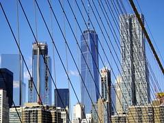 One World in blue (52er Bild) Tags: nyc oneworldtradecenter brooklynbridge pentax q10 udosteinkamp newyork architektur skyscrapper wolkenkratzer building farbe color city metropole