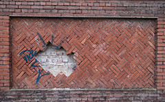 Graffiti Removal Service (Jorden Esser) Tags: tilburg brickwall graffiti hole layer wallwednesday nederlandvandaag