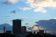 The Eye (Atreides59) Tags: londres london uk gb city urban urbain eye oeil grande roue wheel ciel sky nuages clouds buildings pentax k30 k 30 pentaxart atreides atreides59 cedriclafrance