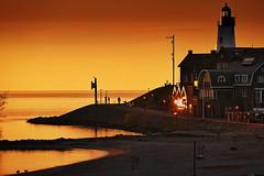 sunset - Ijsselmeer (heinzkren) Tags: abendstimmung niederlande leuchtturm gebäude urk hafen lighthouse idyll idylle see ijsselmeer dännerung outdoor himmel wasser pier hafenviertel mood silhouette panasonic natur sonnenuntergang orange
