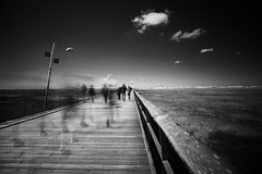 going to the beach (kuestenkind) Tags: stpeterording nordsee küste dünen steg menschen langzeitbelichtung