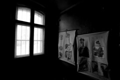 anatomical pictures (tamapix) Tags: prison berlin white eos urbex ue office anatamy human window bw blackandwhite go2know köpenick lost place abandoned old 5d mark ii l 1635 decay art bnw