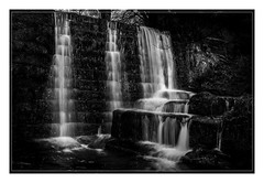 2877L The Upper Weir (foxxyg2) Tags: water waterfalls cascades lumsdale lowerlumsdale derbyshire mono monochrome bw blackwhite niksoftware silverefex