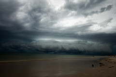 Incoming (Alicia Caruso) Tags: grangebeach southaustralia beach beachscape landscape sand waves clouds thunderstorm storm adelaide water nature nikon d7100 sky wideangle