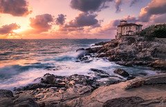 The Castle by the Sea (Mat Viv) Tags: canon sigma sigma1750mmf28 sigmalens canoneos760d canoneost6s 760d t6s wideangle longexposure sea water waves seaside rocks cliffs castle landmark landscape seascape sky clouds sun sunset sunlight nature naturallight travel italy tuscany livorno beauty beautiful fineart glow windy architecture horizon depthoffield view wander wonder stormy foam surf dusk twilight