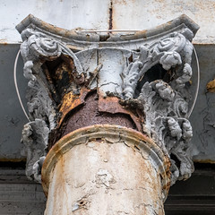 the ravages of time II (ToDoe) Tags: rusty rustyiron säule rost tribeca pillar