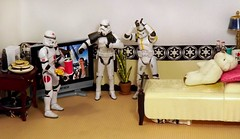 Before You Panic on the Death Star (ChicaD58) Tags: dscf9247c starwarsactionfigure actionfigure stormtrooper clonetrooper lego tk1110 tk432 stb stormtrooperbruce palpatinesnephew hiding tv plant bed pillow teddybear zoraktheteddybear lamp mug tissue soda endtable burgers plates fries frenchfries drinkwithstraw coffeemaker commemorativedarthbottleofscotch mice whereswaldo