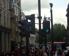 2017_04_220199 - unusual green light (Gwydion M. Williams) Tags: britain greatbritain uk england london centrallondon trafalgarsquare humor humour funny