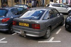 Vauxhall Cavalier Mk3  1.8i (Lawrence Peregrine-Trousers) Tags: vauxhall cavalier mk3 gm opel vectra autoshite ffffffffff car spots bangernomics