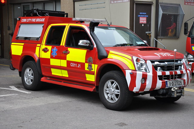 street city blue light red irish rescue bar truck fire lights high oscar 4x4 cork small headquarters 11 led pump charlie co service flashing emergency awd 2012 brigade unit isuzu pressue aoc rosenbauer dmax anglsea l4p l4v l4psfu 11d27029