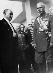 BE070216 (Sabatu) Tags: turkey 1930s iran formal visit males leader leaders greeting royalty presidents turkish generals shah statesman statesmen governmentofficials politicalleaders militarypersonnel militaryofficers ataturkkemal