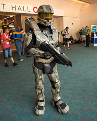 Master Chief (uncle_shoggoth) Tags: california comics costume san sandiego cosplay chief halo diego master convention costuming comiccon geeky masterchief sdcc