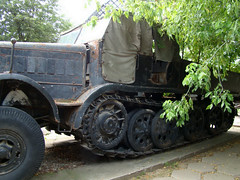 "SdKfz 9 (8) • <a style=""font-size:0.8em;"" href=""http://www.flickr.com/photos/81723459@N04/9385966648/"" target=""_blank"">View on Flickr</a>"