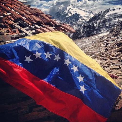 El pabellón a más de 5000 msnm #lapaz #bolivia #perubolivia2013 #mochilatrip #montañas #chacaltaya