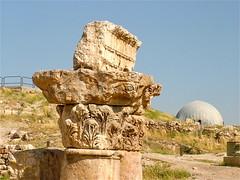 capitelli corinzi nella Cittadella di Amman (costagar51) Tags: giordania amman jordan archeologia arte storia architectureandcities nationalgeographic contactgroups