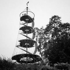 Killesbergturm - Hhenpark Killesberg (city/human/life (very busy)) Tags: park 2001 autumn people blackandwhite bw white black tower berg stairs germany deutschland nikon stuttgart herbst tourist