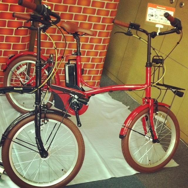 そしてこれも新作グリッター!今回は新商品が多いですね! #eirin #panasonic #電動アシスト自転車 #グリッター #新商品 #展示会