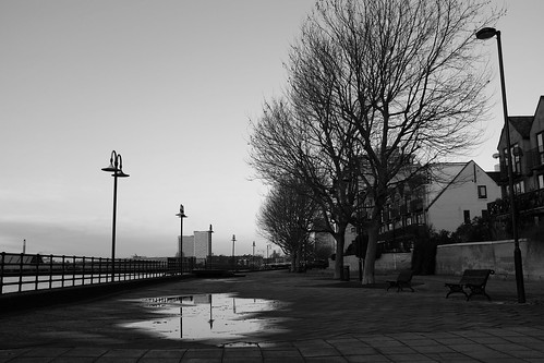 Thames walk - Christmas morning ©  Still ePsiLoN