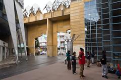 fujisawa - shonandai cultural center 6 (Doctor Casino) Tags: architecture architect childrensmuseum fujisawa shonandai 19861990 itsukohasegawa shonandaiculturalcenter hasegawaitsuko kodomokan
