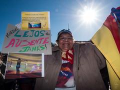 22F-SOSVenezuela-Barcelona-Spain (Paco CT) Tags: barcelona people spain peace gente venezuela paz peaceful demonstration event evento humanrights manifestacion pacifica esp 2014 plaacatalunya 22f derechoshumanos pacoct sosvenezuela prayforvenezuela 22feb2014