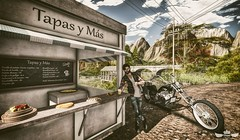 Born to be wild ♫♪ (Murilo Tempest) Tags: serenitystyle optmusrace madpea moto motorcycle biker food aoarlivre road break time slblogger slfashion man maleblog maleclothes male malehair snacks