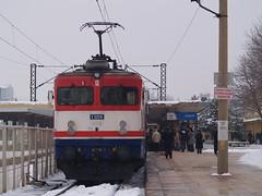 A Turkish Railways E52500 Class electric locomotive at Eskişehir with the 'Başkent Ekspresi'/'Capital Express' (Ankara-Istanbul) (Steve Hobson) Tags: turkish railways tcdd eskişehir e52500 4419 koncar zfbh