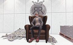 into the RR Empire vault (Richardrose RichGentleman) Tags: sl money men rich luxury secondlife vault
