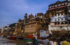 Varanasi - Uttar Pradesh - India (raperol) Tags: 2012 50d canon ganges india rio travel varanasi viaje airelibre arquitectura agua ciudades ciudad color edificios lugares