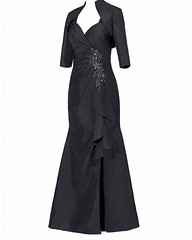 This black evening gown can be made for any type of formal special occasion.  We can create custom 2 pc #eveningdresses for the #motherofthebride too.  We are based near Dallas Texas and offer csutom #motherofthebridedresses and unique evening gowns to cl