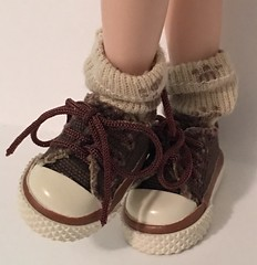 Puppy Dog Toes..Short Socks For Blythe...
